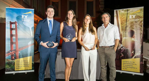 Claudia Fernández,	ganadora de la VI edición del Premio Young Tax Professional of the Year