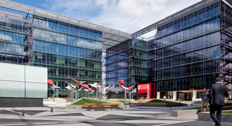Vodafone plaza recibe la certificaci n leed platino for Oficinas vodafone madrid